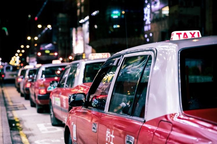 taxi seguridad viajar sola